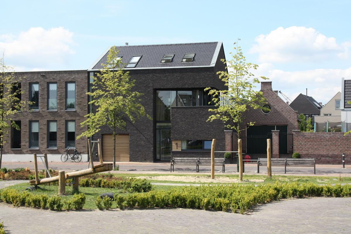 Poortwoning cronenburgh abjz architectenbureau jules zwijsen - Eigentijdse entreehal ...
