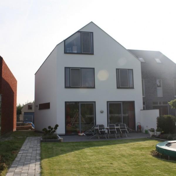 Wit modern huis cronenburgh abjz architectenbureau jules zwijsen - Deco modern huis ...